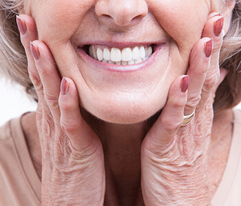 What Are the Benefits of Dentures in Clearwater Area